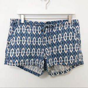 Gap Factory Linen Blend Ikat Print Shorts 2.5 Inch
